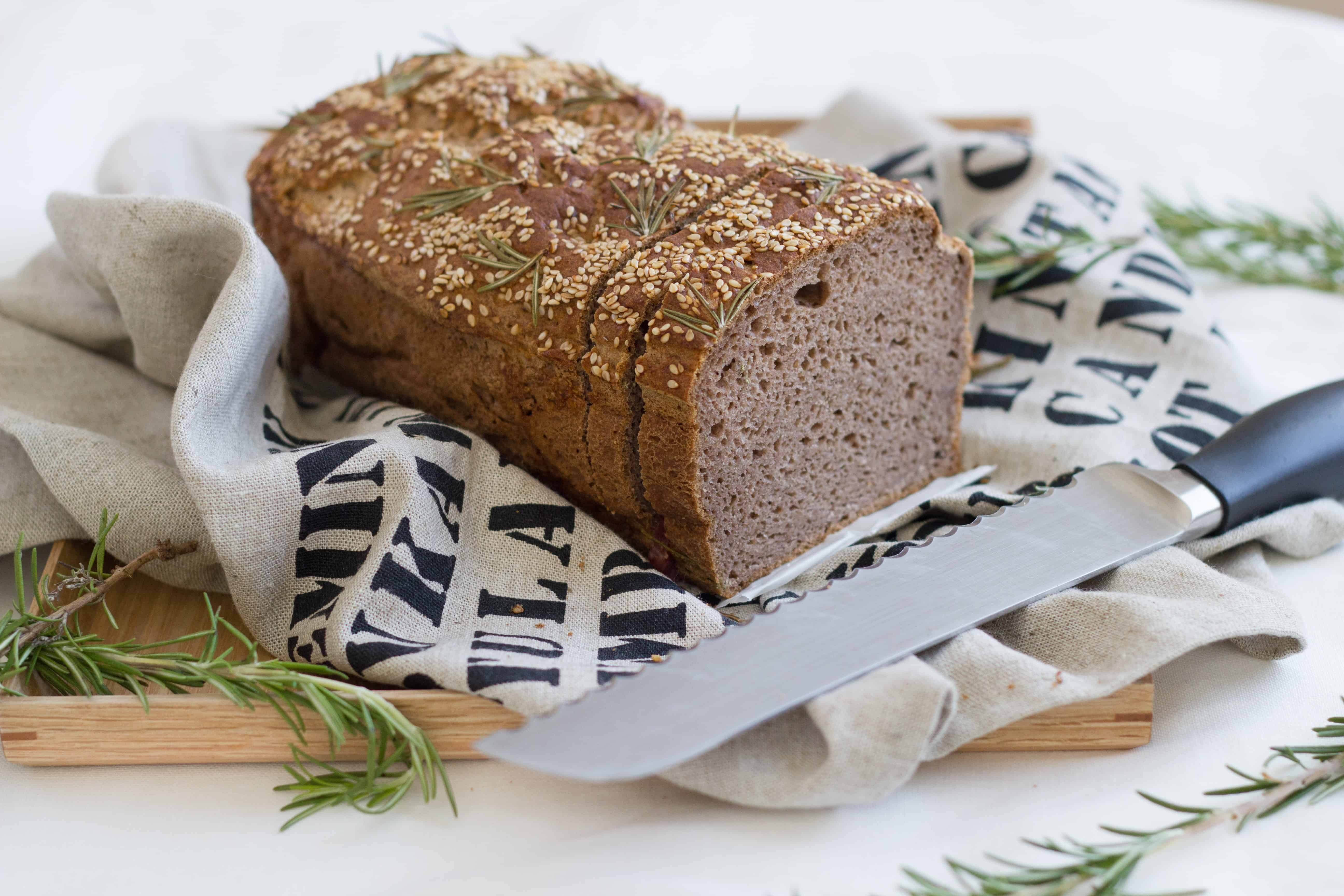 platemeuppaleo rosemary bread